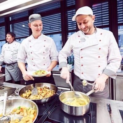 Michael Putz (rechts) in seinem Element. Foto: ÖBB